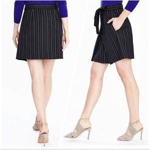 Banana Republic | Skirts | Sz 14 | Navy Pinstripes